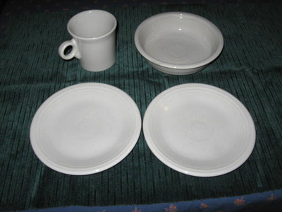 4 Pieces Contemporary White Fiesta & Georgeu0027s Vintage Pottery - Dinnerware